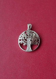 Srebrny wisiorek drzewko