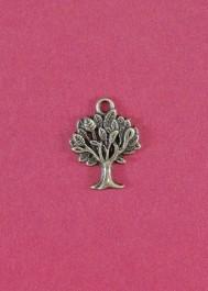 Pendant with tree