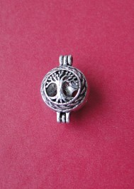 Locket tree pendant