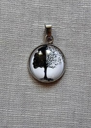 Wisiorek drzewko - kabaszon