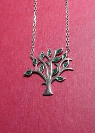 Silver necklace tree