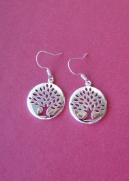 Earrings with tree